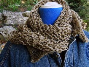 """Bufanda-foulard a dos agujas """"cualquier ocasión"""""""