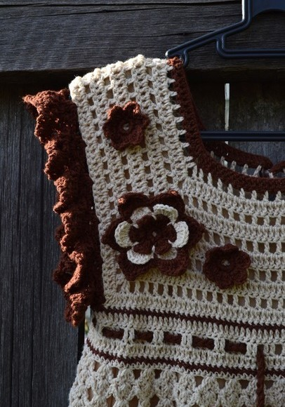 Vestido de ganchillo niña con flores1