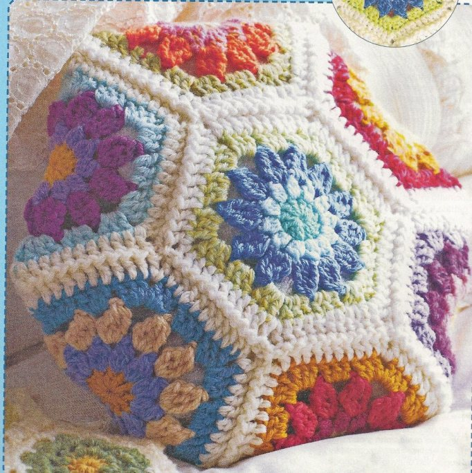 Almohadon crochet hexágonos