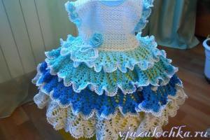Vestidos de niña de ganchillo