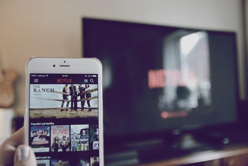 streama Netfix TV chromecast