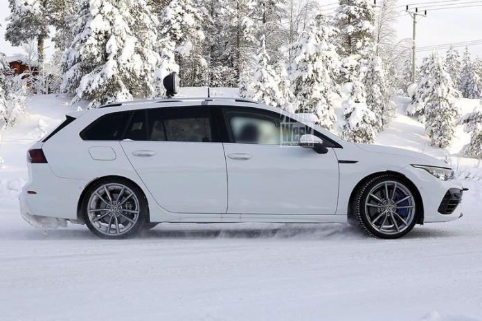 Volkswagen Golf R Wagon Bir Kez Daha Casus Kameralara Yansıdı