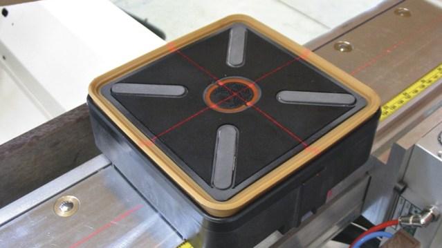 Обрабатывающий центр с ЧПУ Morbidelli M 400, производство SCM Италия, лазер присоска