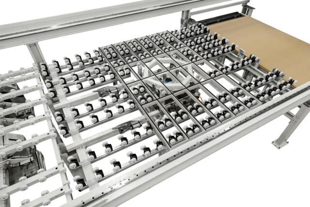Деталь стола TL с поворотным столом углового раскроечного центра Gabbiani A3, производство SCM Италия