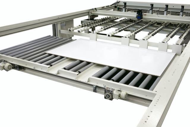 Загрузочная платформа углового раскроечного центра Gabbiani A3, производство SCM Италия
