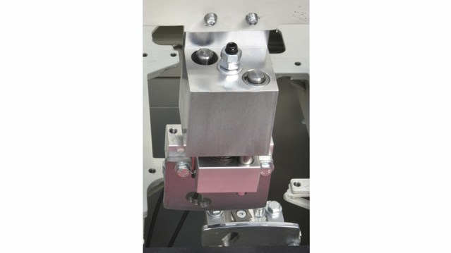 Скребковая группа для клея кромкооблицовочного станка Minimax ME 28T RC, производство SCM Италия