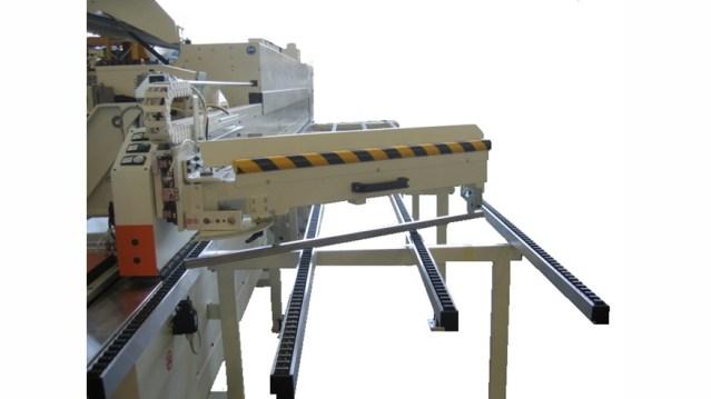 Кромкооблицовочный станок Stefani XD, производство SCM Италия, устройство вращения направляющей передней опоры