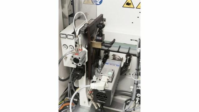 Кромкооблицовочный станок Stefani KD, производство SCM Италия, шпиндельно-формовочный агрегат