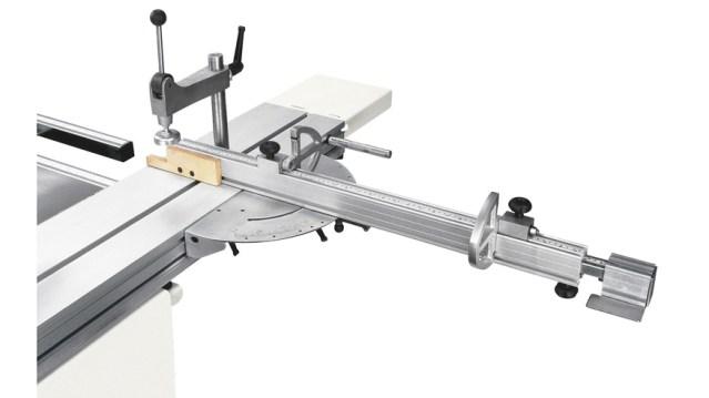Устройство для угловой резки с обратимыми упорами станка Minimax CU 410C, производство SCM Италия