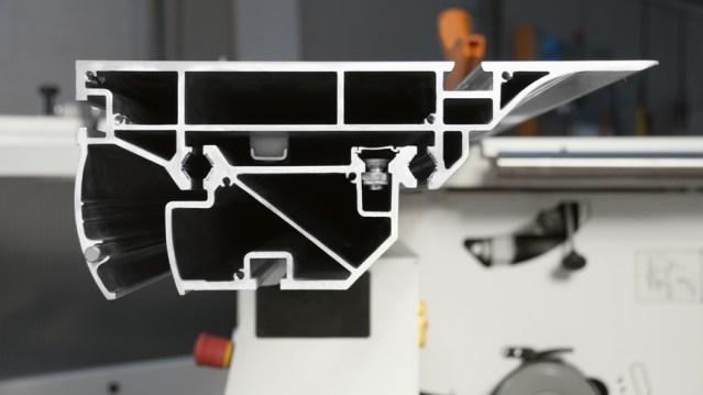Универсальный многооперационный станок Minimax CU 410E, производство SCM Италия, раздвижное полотно