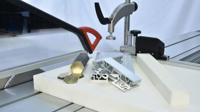 Форматно-раскроечный станок Class SI 400EP, производство SCM Италия, резка материалов