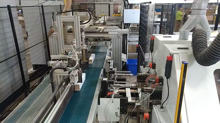 Комплексная линия TRON DS + FSFS DP для обработки поперечин для рамочных фасадов под 90 градусов, производство Fiorenza Италия