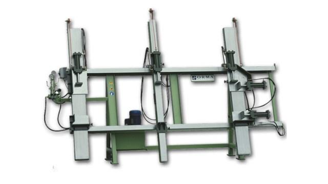 Вертикальная вайма для сборки оконных и дверных коробок DE NEW, производство Orma Macchine Италия