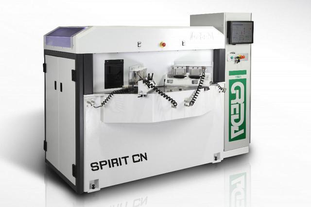 Обрабатывающий центр с ЧПУ Spirit CN, производство Greda Италия