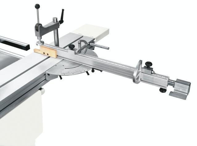 Угловая линейка с откидными упорами круглопильно-фрезерного станка Minimax ST 3C, производство SCM Италия
