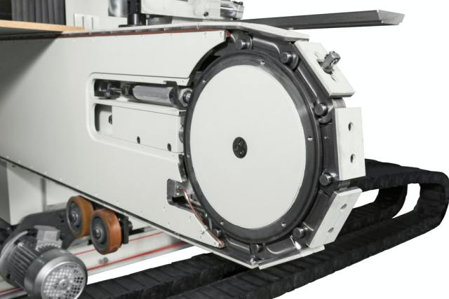 Цепные транспортеры деталей станка Celaschi P 40, производство SCM Италия