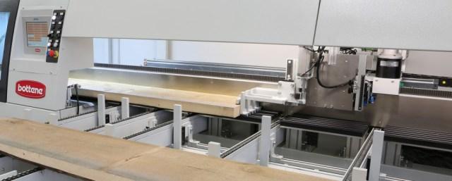 Оптимизирующая торцовочная пила PUSH-250, производство Bottene Италия