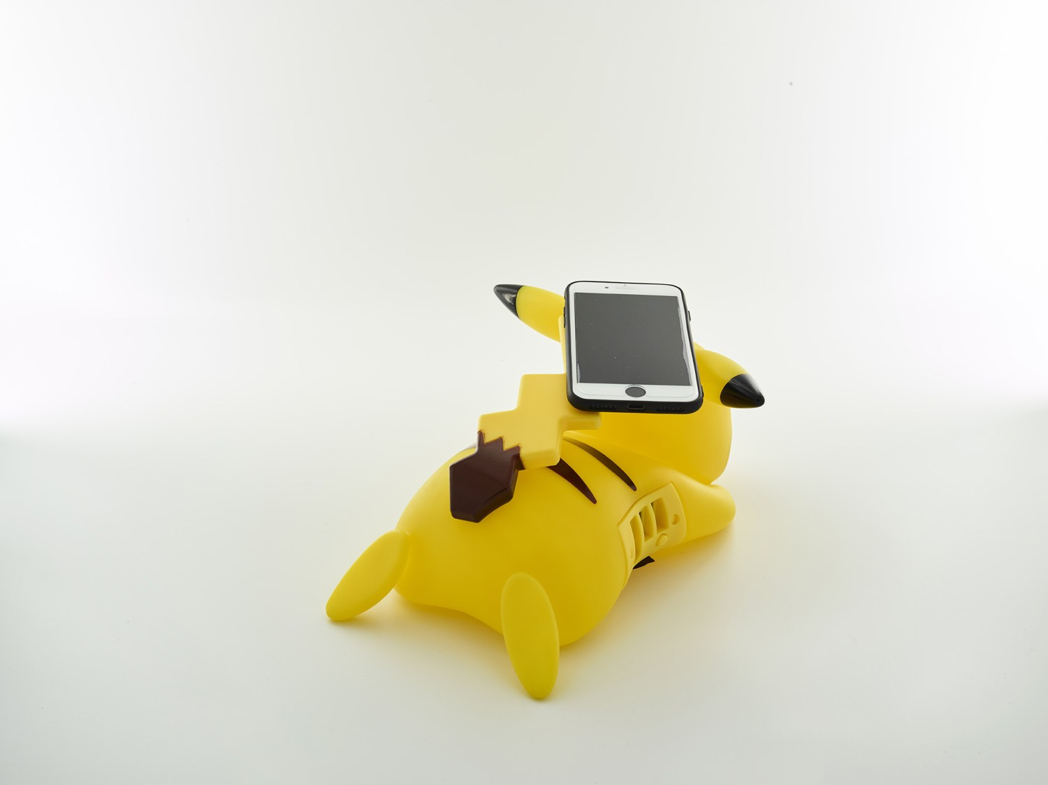 Pikachu wireless charger back view