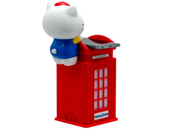 Hello Kitty Wireless Charger London Phone Booth 5