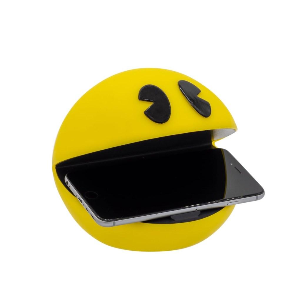 Pac-Man Luminous Wireless Charger 1