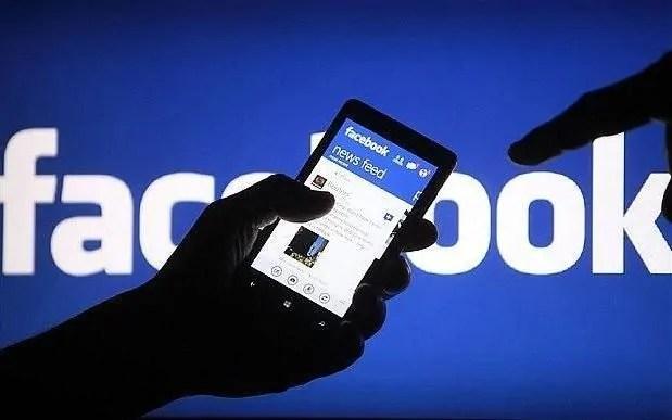 Facebook na Snapchat