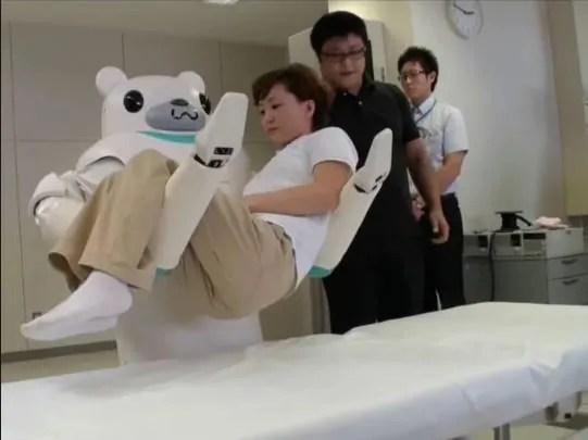 Roboti kutumika kuwahudumia wazee nchini Japani