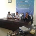 Penutupan Seminar dan Workshop Startup oleh Kepala Bidang  Aplikasi Telematika Dishubkominfo Kalsel