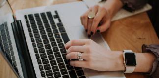 manfaat memiliki blog website