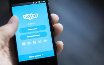 Jinsi ya Kulogout Skype sehemu uliyoisahau!