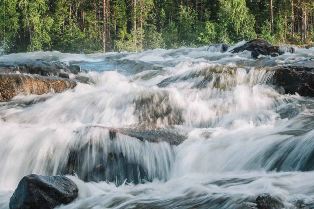 Den dånande Storforsen med Svenska resebloggars Ulrica från Tekopp till bergstopp