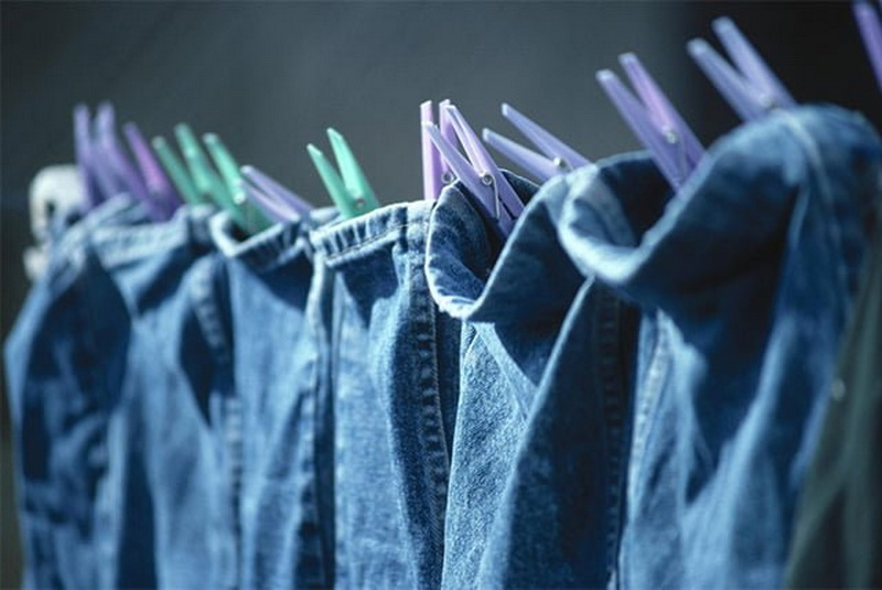 What to bring rust from the clothes: the best ways