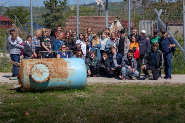 Flakkebjerg Efterskolebesøger flygtningelejren i Tabanovtse (Табановце)
