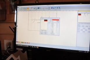 専用ソフトでパラメータなどを設定していきます