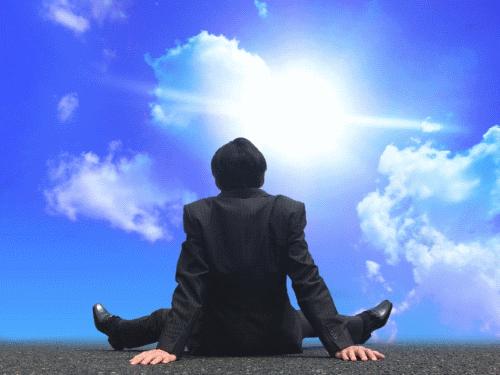 「478呼吸法」とは? 出来るビジネスマンが実践している気分落ち込み対策