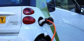 futuro-planeta-bateria-electrica