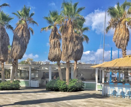 tel aviv beach cafes