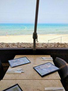 beachfront restaurant in tel aviv