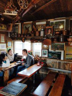 Cafe Regatta helsinki red cottage