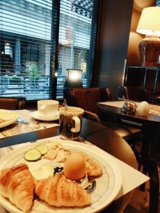 f6 hotel helsinki breakfast