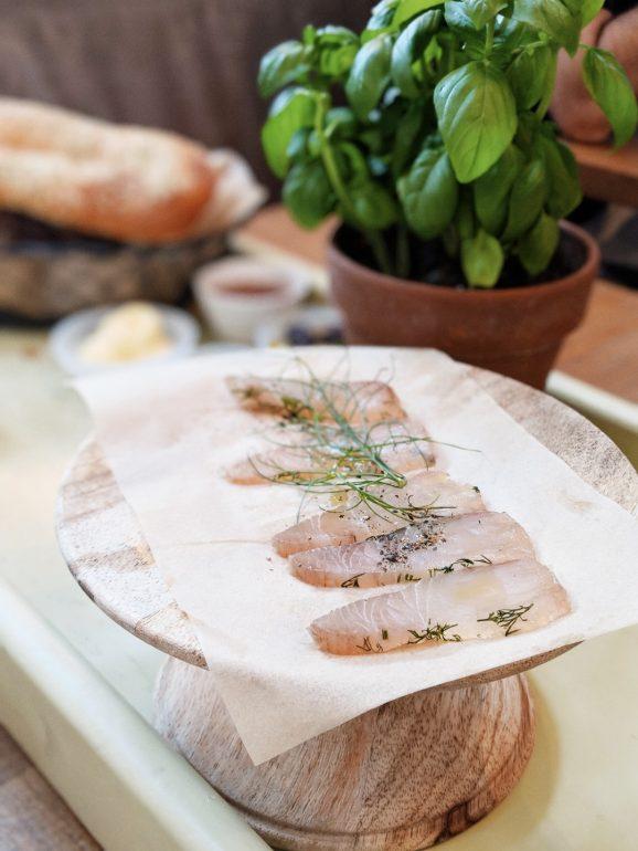 claro restaurant brunch tel aviv fish