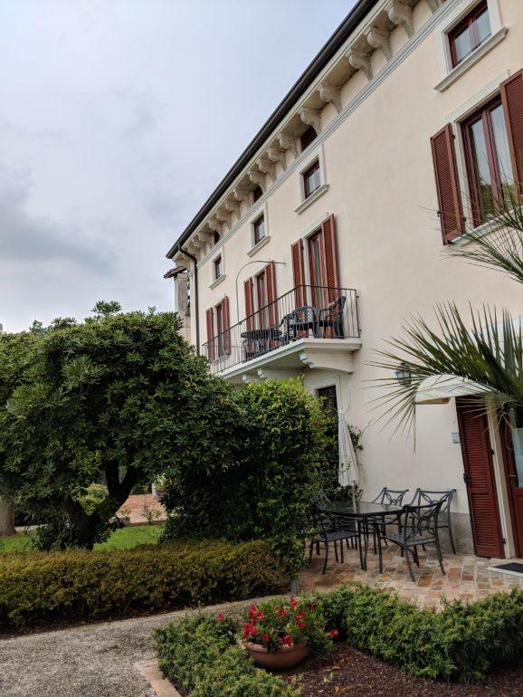 Castello Belvedere Residence lake garda