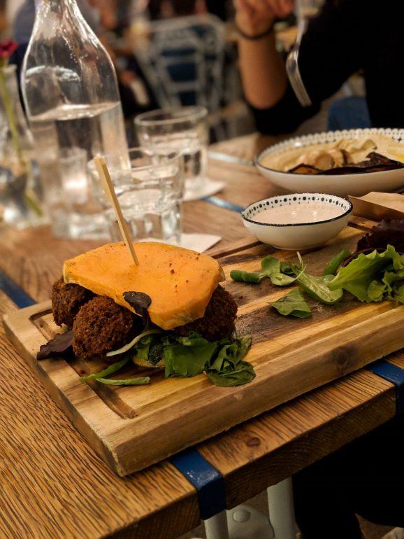 mazel tov restaurant budapest falafel burger