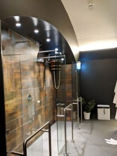 hotel moments budapest spa