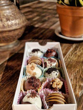 Dk's Chocolate Balls