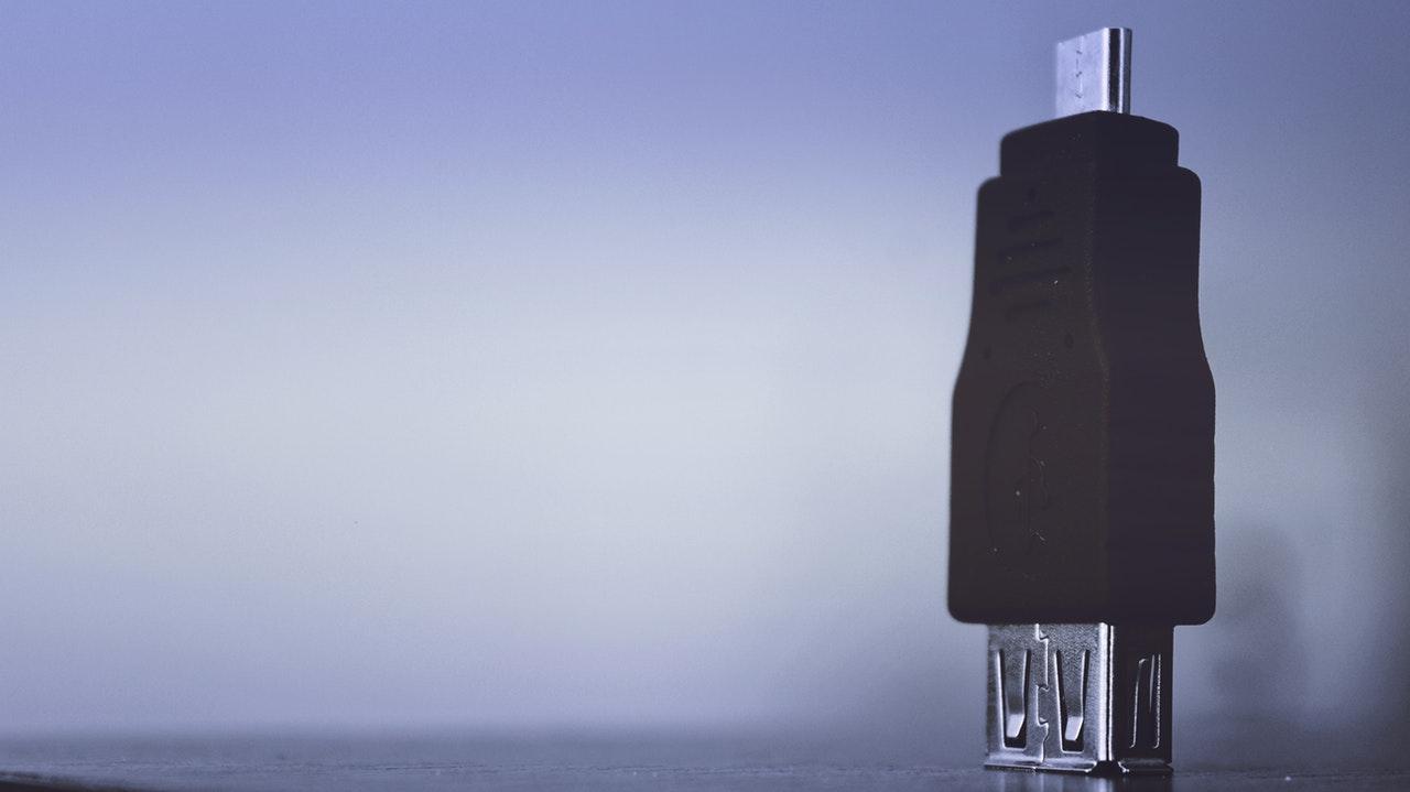 Ideaal relatiegeschenk: de bedrukte USB-stick