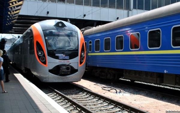 Укрзализныця намерена усилить безопасность в поездах ...
