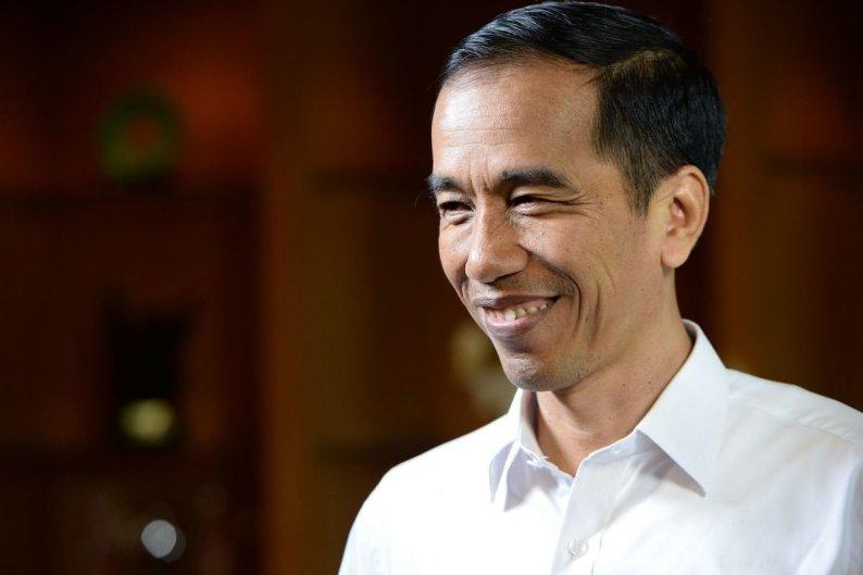 Presiden Beserta OJK Resmikan Bank Wakaf Mikro