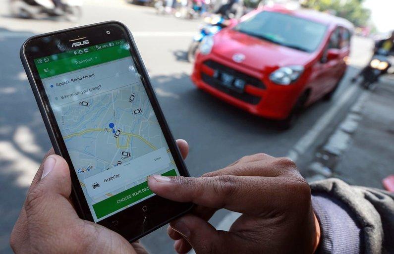 Kemhub Diminta Tegas Terapkan Aturan Terhadap Taksi Online