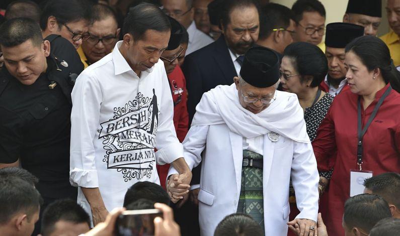 Dibalik Ancaman Sri Bintang Pamungkas Turunkan dan Gagalkan Pelantikan Jokowi