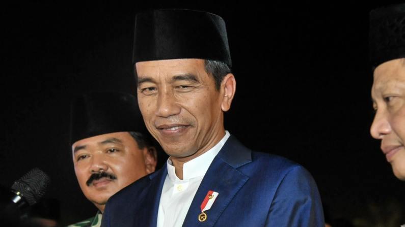 Joko Widodo Berharap DPR Bisa Menyelesaikan Omnibus Law 77 UU Dalam 100 Hari